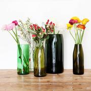 5 verschieden farbige Glas-Vasen