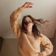 DIY: Mohair-Pullover mit Zopfärmeln