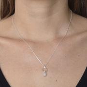 Zarte Halskette mit Ring & Rosenquartz