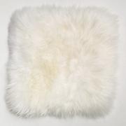 Stuhlauflagen aus weichem Lammfell