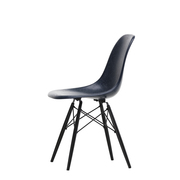 'Eames Fiberglass Side Chair' mit Holz
