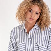 Gestreiftes Hemd-Kleid aus Leinen