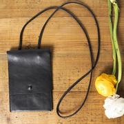 Praktische Brusttasche für das Wichtigste