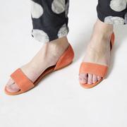 Puristische Sandale in Orange