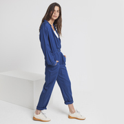 Cooler Fairtrade-Jumpsuit in Blau