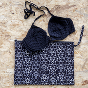 Praktische Bikini-Tasche mit Batikprint