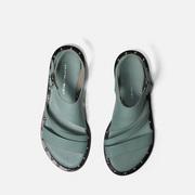 Mintfarbene Riemen-Sandale aus Leder