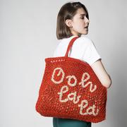 Natürlicher Shopper 'Ooh la la'