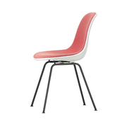 'Eames Plastic Side Chair DSX' mit Vollpolster