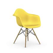 Einzelstück: 'Eames Plastic Armchair DAW' Sunlight