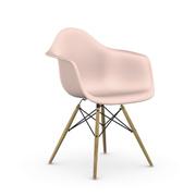 Einzelstück 'Eames Plastic Armchair DAW' Zartrosa