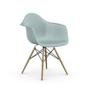 Einzelstück 'Eames Plastic Armchair DAW' Eisgrau
