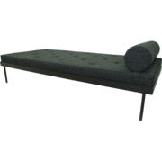 Daybed 'Gugelot' in Bunt