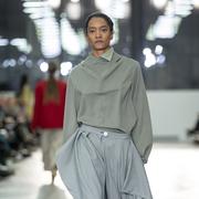 Fliessende Bluse mit Zip von 'Nina Yuun'