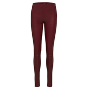 Die perfekte Lederleggings in Weinrot