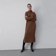 Rollkragen-Kleid von 'Elementy Wear' in Braun