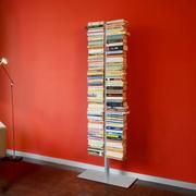 Doppelter 'Booksbaum' mit Fuss