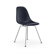 'Eames Fiberglass Side Chair DSX'
