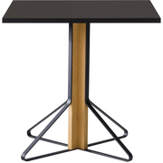 Kleiner Tisch 'Kaari'