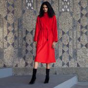 Feminines Mantel-Kleid von 'Velvet Novel'