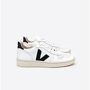 Nachhaltig: Veja-Sneaker 'V-10' in Schwarz