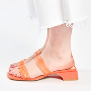 Coole Slides in Orange von 'E8 by Miista'