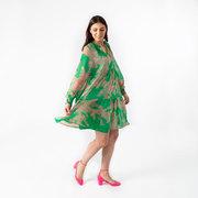 Kurzes Kleid mit bohèmem Print
