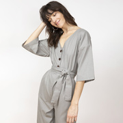 Salbeigrüner Jumpsuit von 'Jungle Folk'