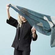 Schwarze Leinen-Blusenjacke von 'Claudia Nabholz'