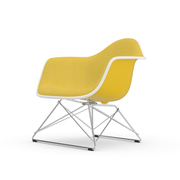 Einzelstück 'Eames Plastic Armchair LAR' mit Vollpolster