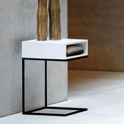 Einzelstück: Nachttisch 'Dina' mit Schublade