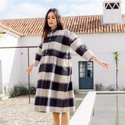 Nachhaltiges Oversize-Blusenkleid mit Karo