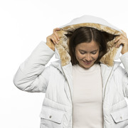Nachhaltig warm: 'Lyndon Down Jacket' in Offwhite