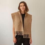 Weichwarmer Alpaka-Schal in softem Beige