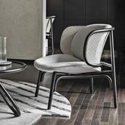 Eleganter Sessel Suzenne von 'Thonet'