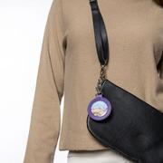 Schöner personalisieren: Taschen-Anhänger in Violett