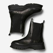 Prägnante Chelsea-Boots aus Leder