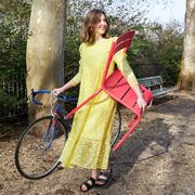 Dänisches Statement-Kleid in Gutelaune-Gelb