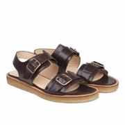 Sandale mit Schnalle und Plateausohle von 'Angulus'