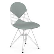 Einzelstück: 'Wire Chair' mit Bikini
