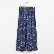 Bequeme Culotte mit Mikroprint in Navy/Red