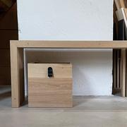 Kiste aus massivem Holz