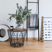 Wire Basket- Tischchen