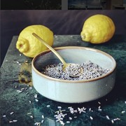 Assiette creuse en gres neu bowl ferm living