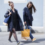 Simpler, zweifarbiger Shopper