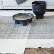 Terrakotta-Schale 'Barro tray' auf 4 Füßen