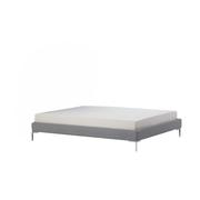 Schlichtes Bett von 'Nap'