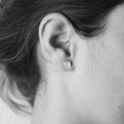 Für die Freundin: Grafischer Ohrschmuck