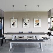 Tisch in Linoleum mit Eichenkante