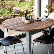 Einzelstück: Runder Tisch von Jan Cray